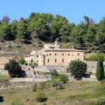Abbaye de Saint Hilaire entre Ménerbes et Lacoste