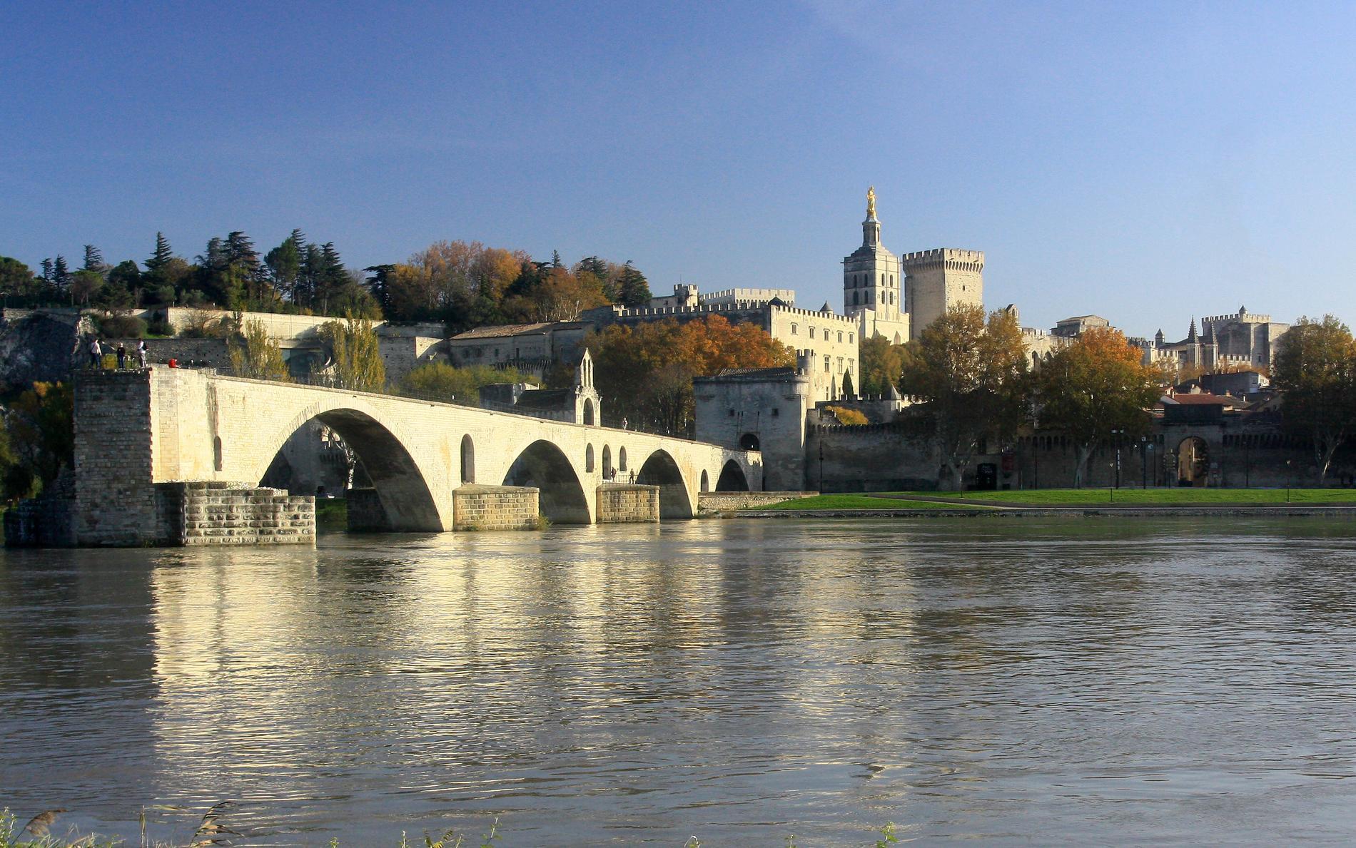 Hotel Avignon Booking