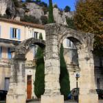 Ville de Cavaillon Arc Roman Vaucluse